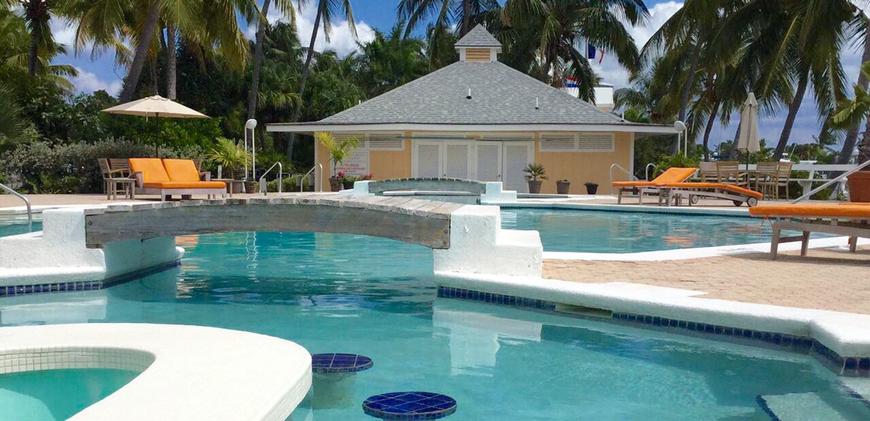 Pool Bar Abaco Beach Resort and Boat Harbour Marina
